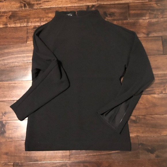 NWOT Club Monaco mock neck